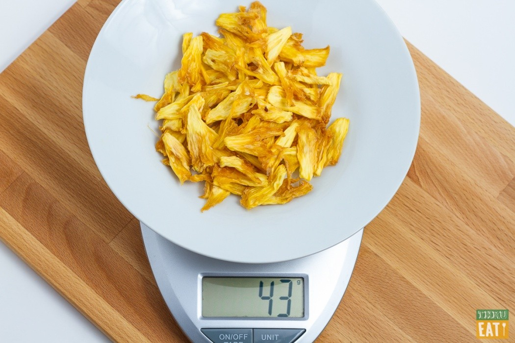 dehydrated pineapple on food scale