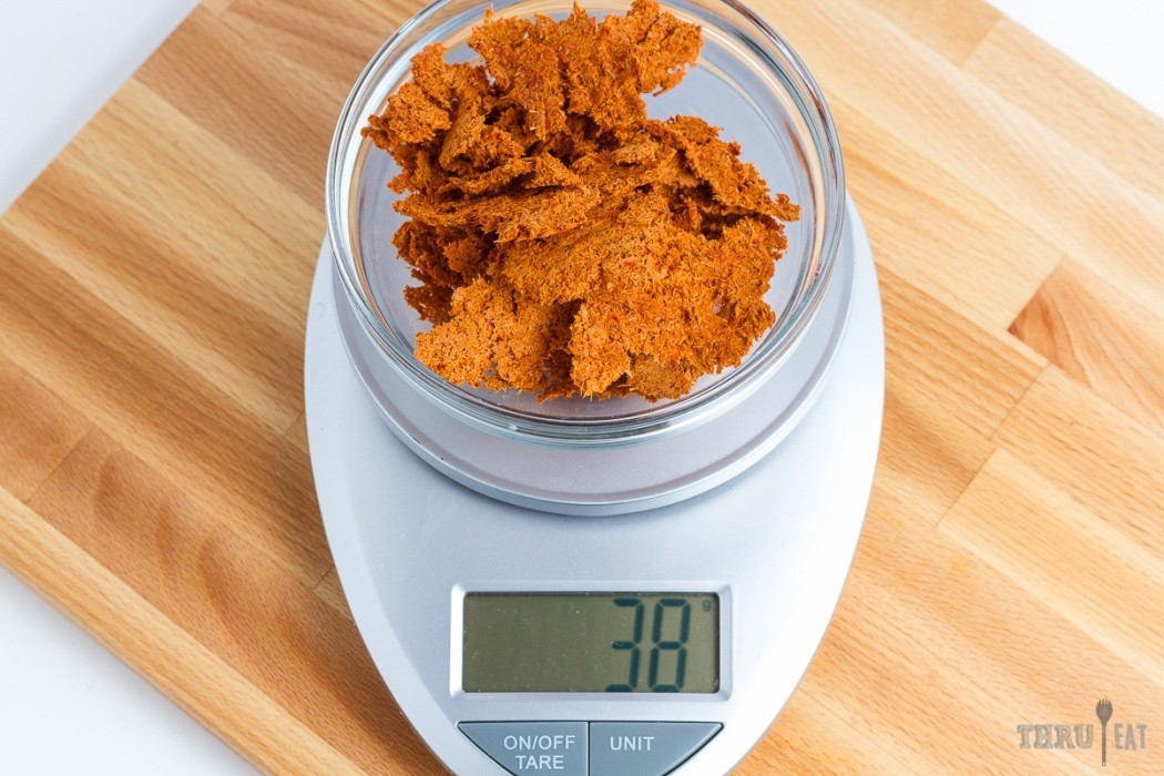 38 grams of dehydrated red curry paste