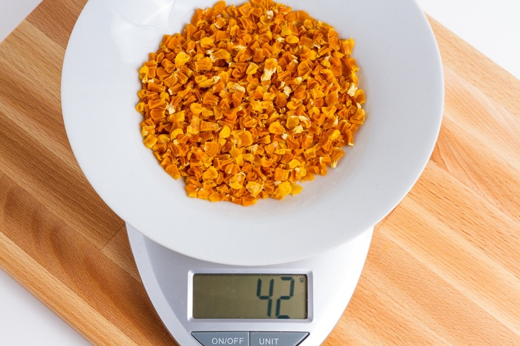 42 grams of dehydrated canned yellow corn